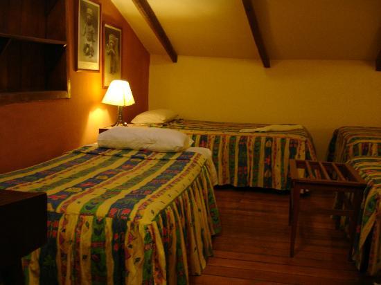 Hitchhikers Backpackers Cusco Hostel: Habitacion Doble