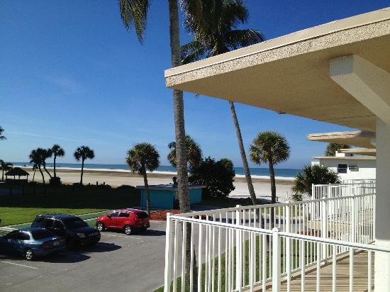 Carousel Inn on the Beach: Our View Every Morning