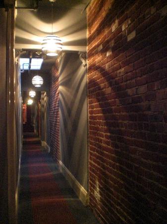 هوتل يونيون سكوير: corridoio del nostro piano 