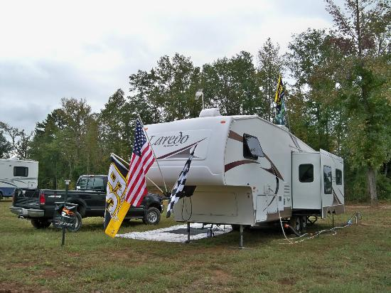 Talladega Taz RV Park & Campground : Good level site