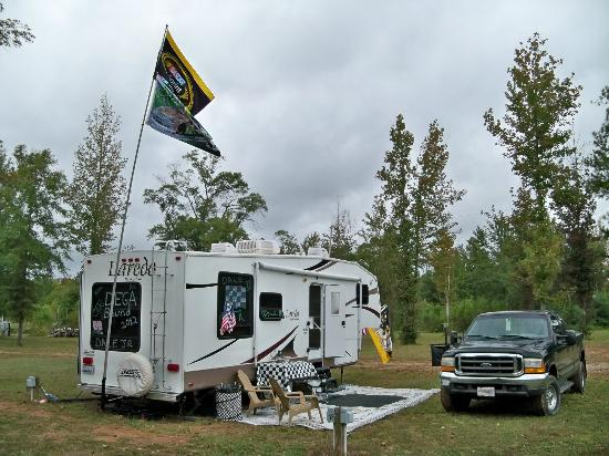 Talladega Taz RV Park & Campground: Site view on the back row-Pull thru
