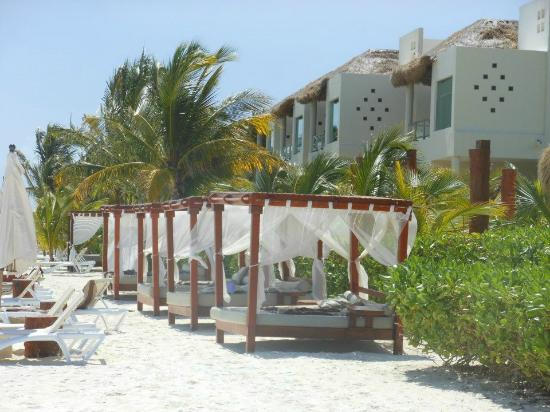 El Dorado Maroma, a Beachfront Resort, by Karisma: villas