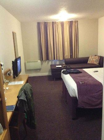 Leonardo Hotel Edinburgh City Centre (Haymarket): Large room