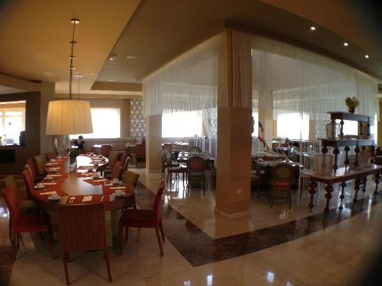 Now Larimar Punta Cana: Windows buffet restaurant