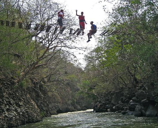 Metapan, El Salvador: brave & daring!