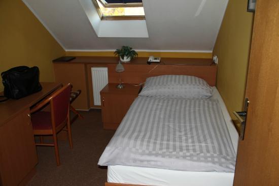 Garni Hotel Olympia: Einzelzimmer