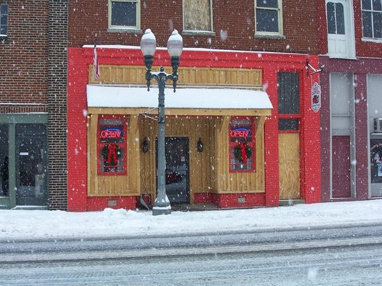 The Red Caboose Restaurant: Winter