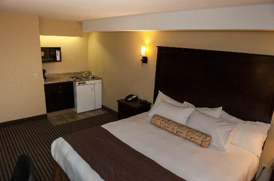 Best Western Maple Ridge Hotel: King with kitchenette