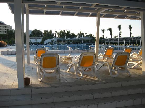 Xanthe Resort: Hotel's main pool