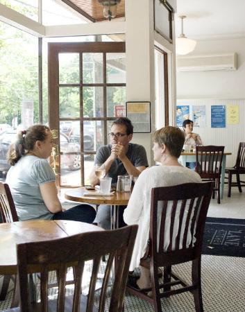 Photo of American Restaurant Love Lane Kitchen at 240 Love Ln, Mattituck, NY 11952, United States