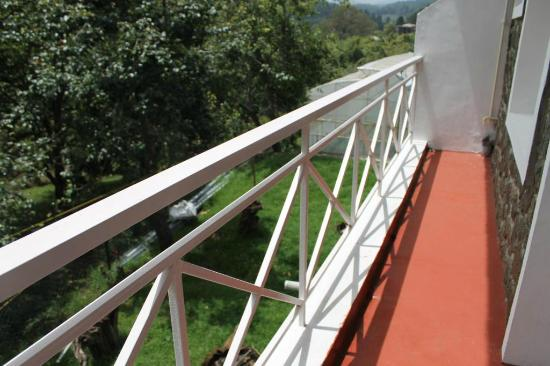 Mount Pleasant Boutique Resort: The view from the Room Balcony 