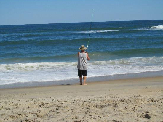 Travelodge Nags Head Beach Hotel / Outer Banks: Fishing From the Beach-$10 for 10 day license