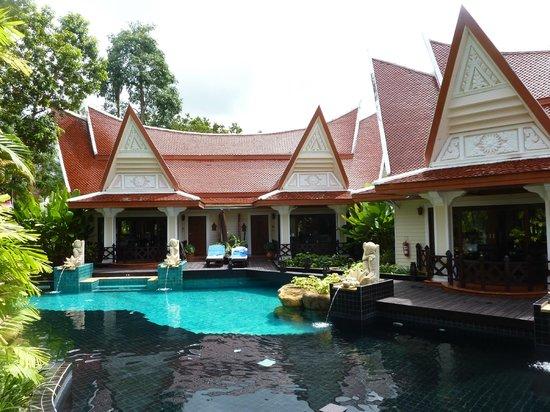 Santhiya Tree Koh Chang Resort: bungalow met poolaccess