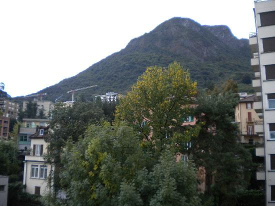 Calipso Hotel: San Salvatore Mountain behind the hotel in Lugano/Paradiso
