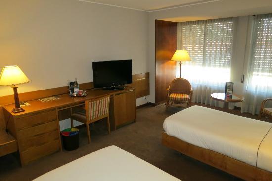 Tivoli Coimbra Hotel: Room
