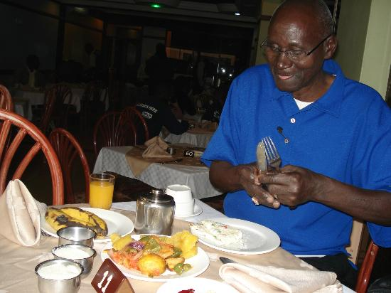 Hotel Central Park Nairobi: Breakfast buffet