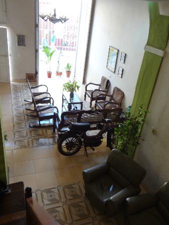 Hostal Milagros Pineda Tamayo : Sala de estar