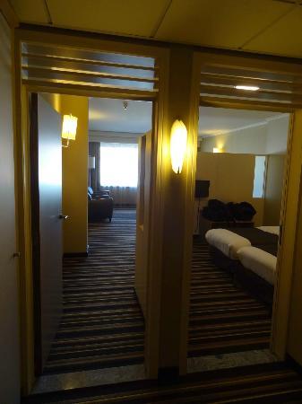 Hotel Hyllit: hall d'entrée de la junior suite