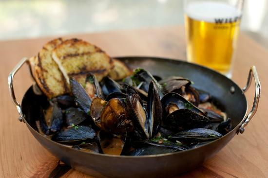 Wildfire - Oakbrook: Wildfire Mussels