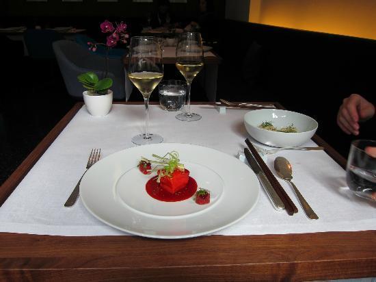 Restaurant Tim Raue: Eins der Gerichte