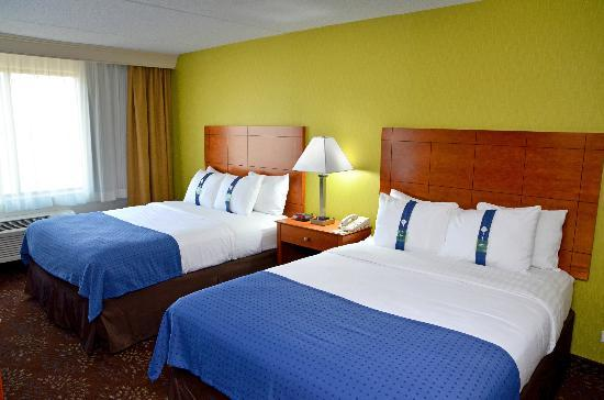Holiday Inn Chicago Matteson Conference Center : Double Queen Beds