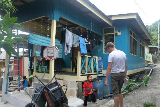 Fuze Ecoteer Community House: The House
