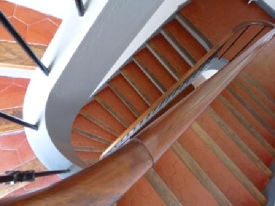Hôtel Pruly: Escalier