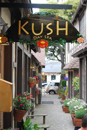 ‪Kush Day Spa‬