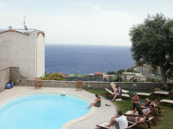 Olga's Residence Relais: Villa pool