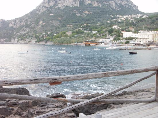 Olga's Residence Relais: View from decked beach area
