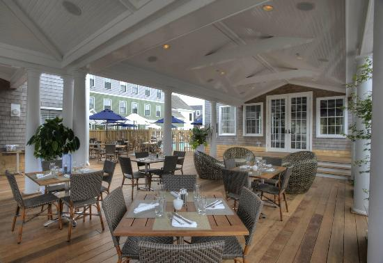 Breeze Restaurant: In-season, patrons at Breeze Bar & Cafe can dine outdoors on the patio.