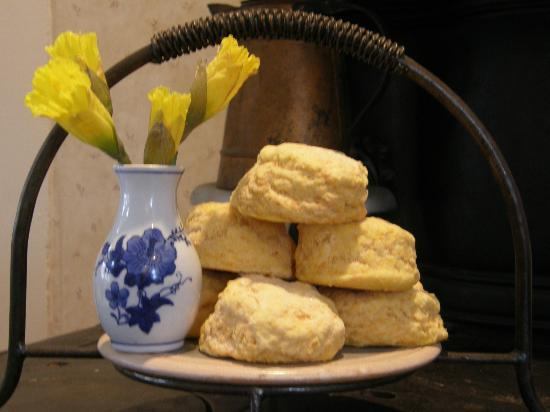 Blue Goose Inn Bed and Breakfast: Sweet Potato Biscuits