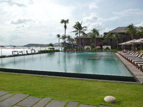Hansar Samui Resort: Amazing Pool!
