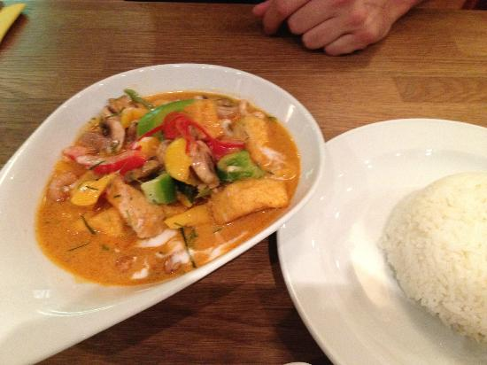 O-Sha Thai-Restaurant: Thai-Curry mit Tofu