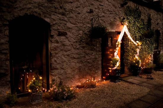Blakelow Farm Holiday Cottages: Candle Cottage on our wedding night