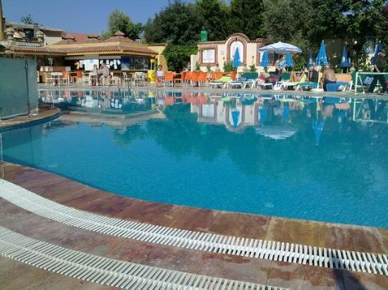 Oludeniz Resort by Z'Hotels: Pool