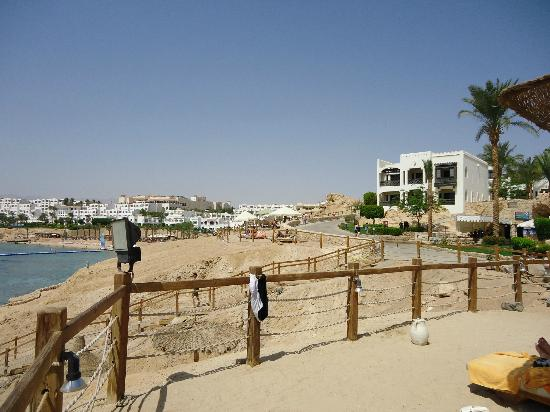 Sharm Plaza Hotel: beach