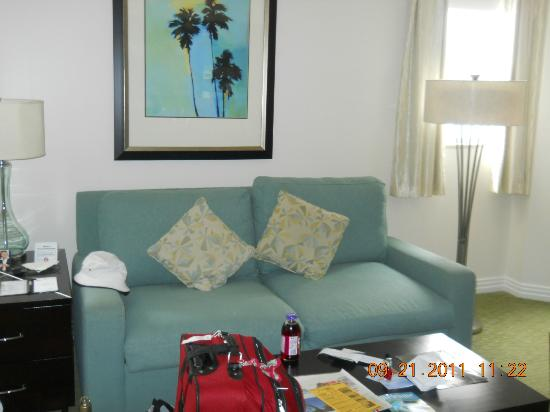 Hilton Grand Vacations at McAlpin-Ocean Plaza: living room