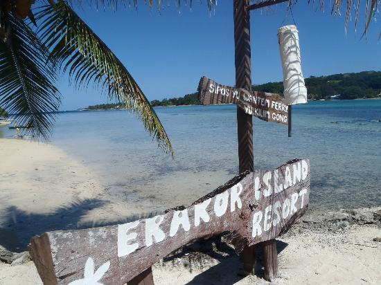 Erakor Island Resort & Spa: If you need the ferry, you ring the gong