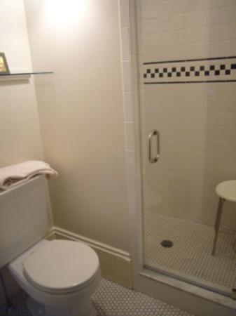 Colony House Bed & Breakfast: Private Bath