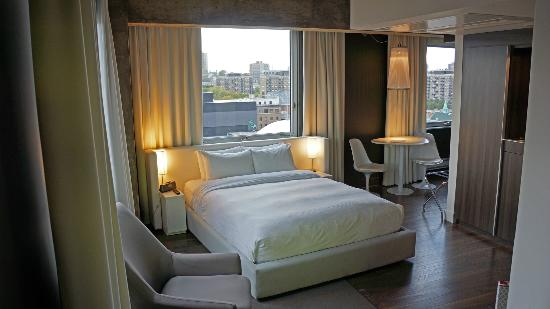 room 1217 picture of hotel zero 1 montreal tripadvisor. Black Bedroom Furniture Sets. Home Design Ideas