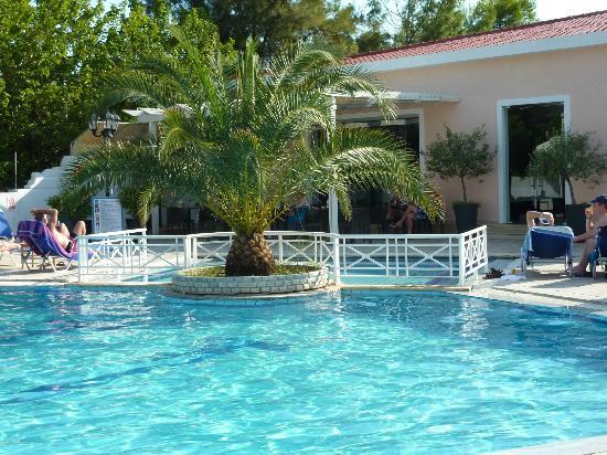Bitzaro Palace Hotel: Pool