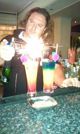 Billy's Studios : The best barman Yanis:)