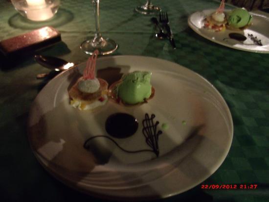 Voyager Beach Resort: Italian Dessert