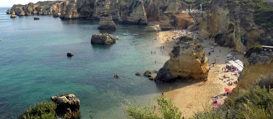 Praia Dona Ana: Panoramic view 2