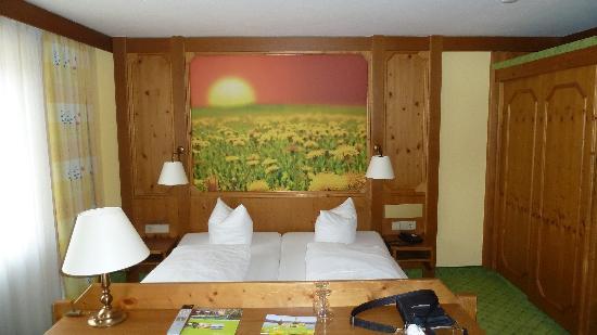 Hotel Gasthof Stift : la chambre