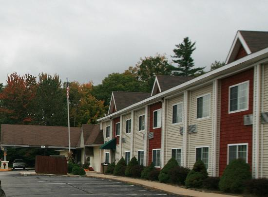 Days Inn Campton: Hotel from outside