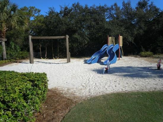 Carillon Beach Resort Inn: Playground