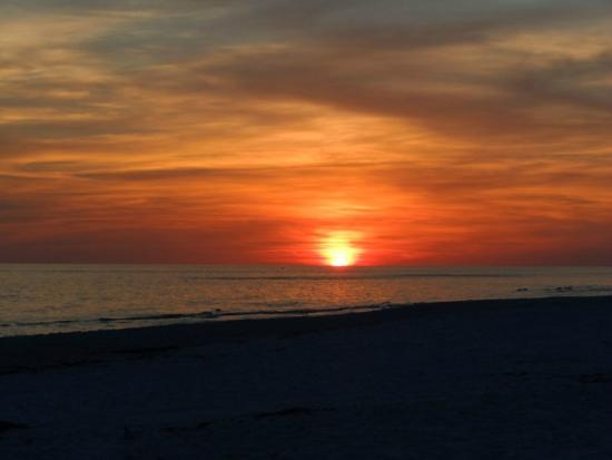 Carillon Beach Resort Inn: Sunset (from the beach)