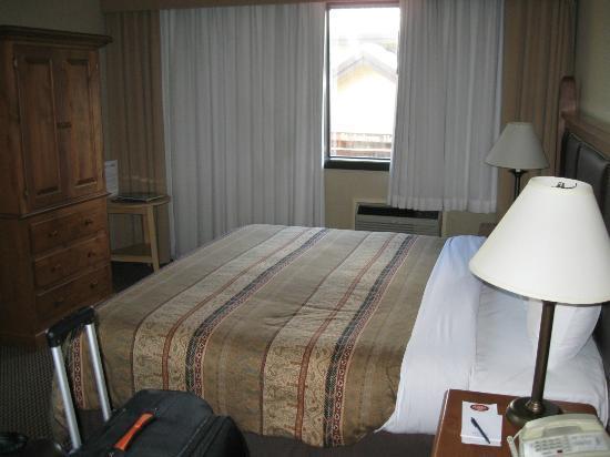 Blackcomb Lodge: Room